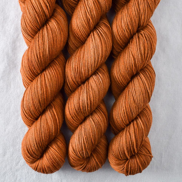 Roasted Pumpkin - Miss Babs Putnam yarn