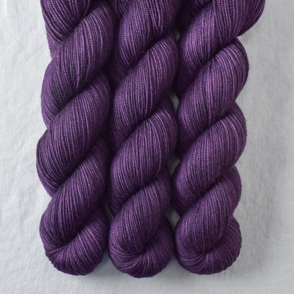 Sagrada - Miss Babs Yummy 3-Ply yarn