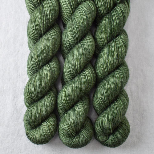 Sempervirens - Miss Babs Yummy 2-Ply yarn