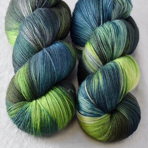 Shaken Not Stirred - Miss Babs Killington yarn