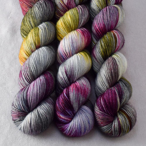 Shining City - Miss Babs Yummy 2-Ply yarn