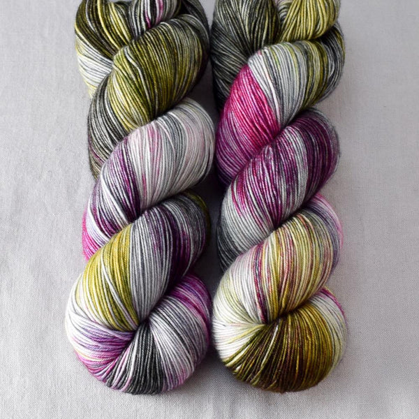 Shining City - Miss Babs Keira yarn