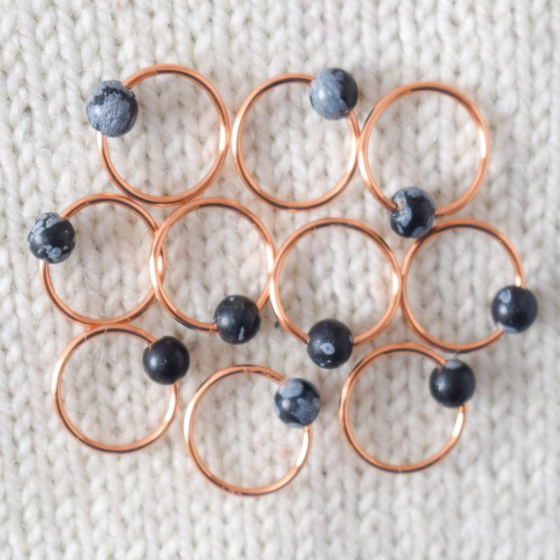 products/snowflakeobsidianstitchmarkers-stitchmarkers-2020_0a5f19a9-db43-4e3c-b320-36bec78263eb.jpg