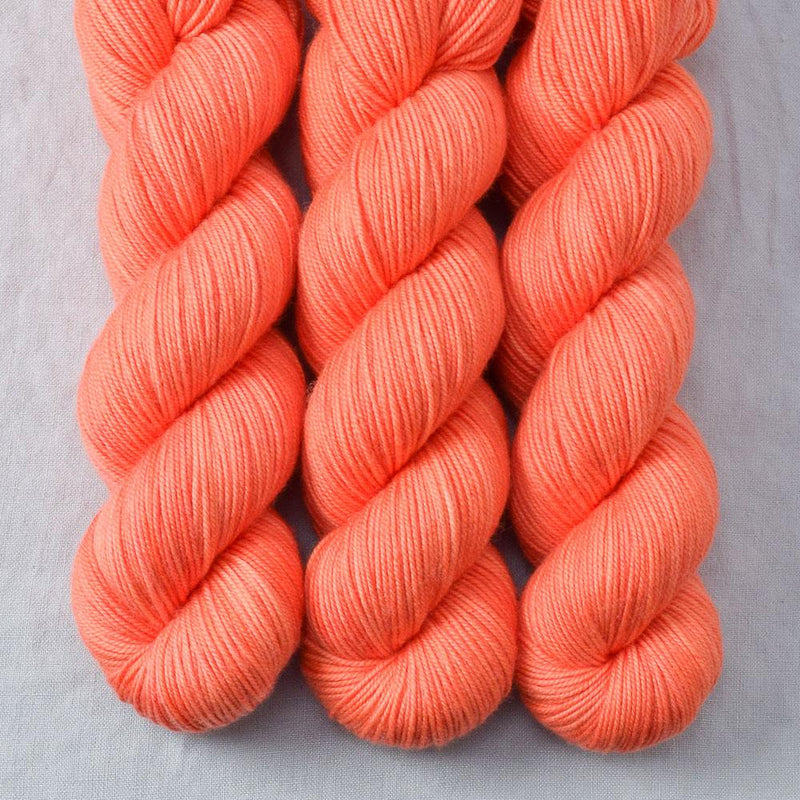 products/spicypapaya-3ply-2018.jpg