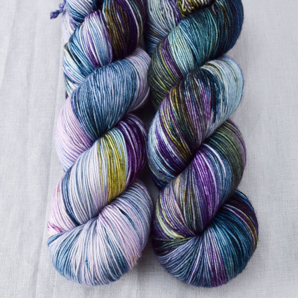 Spread Your Wings - Miss Babs Keira yarn