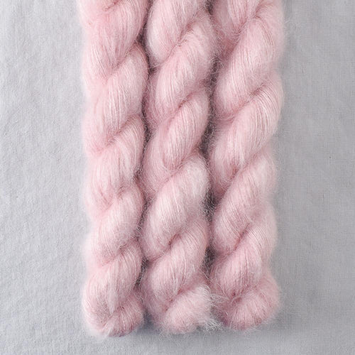 Sugar - Miss Babs Moonglow yarn