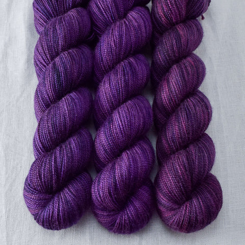 Sugilite - Miss Babs Yummy 2-Ply yarn
