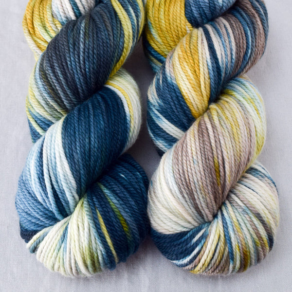 Surprise - Miss Babs K2 yarn