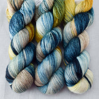 Surprise - Miss Babs Katahdin 437 Yarn