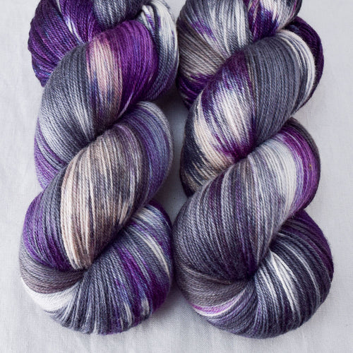Surpriza - Miss Babs Killington yarn