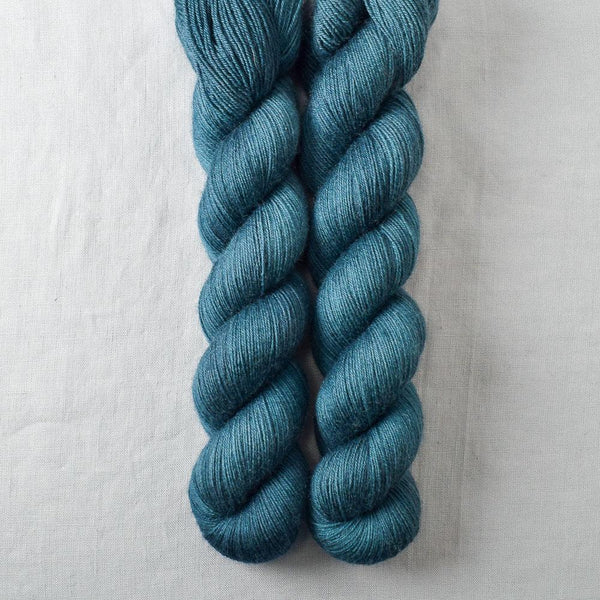 Suspense - Miss Babs Katahdin 600 yarn