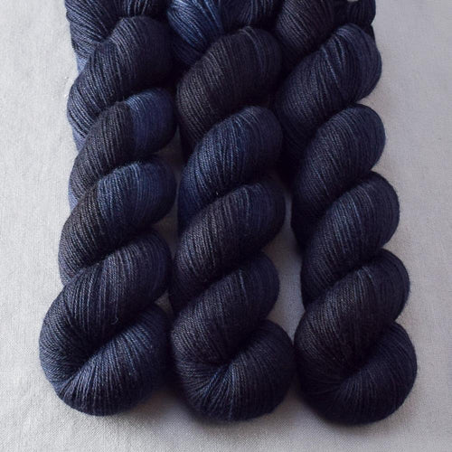 Tardish - Miss Babs Katahdin 437 yarn