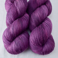Tulipa - Miss Babs Killington yarn