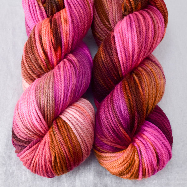 Verrassing - Miss Babs K2 yarn