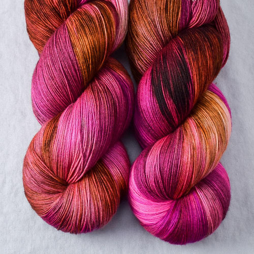 Verrassing - Miss Babs Katahdin yarn