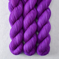 Violaceous - Miss Babs Putnam yarn