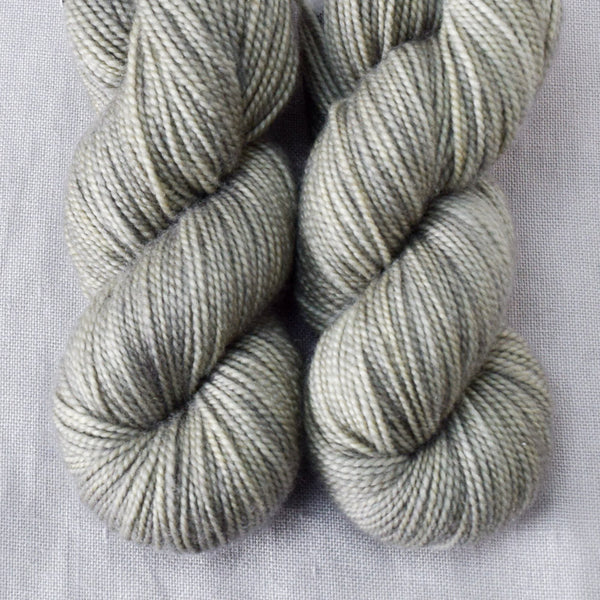 Virtue - Miss Babs 2-Ply Toes yarn