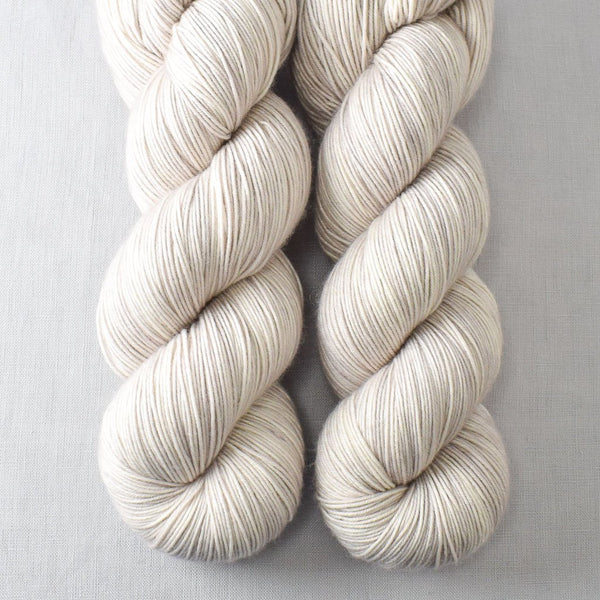 White Peppercorn - Miss Babs Keira yarn