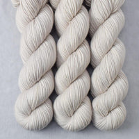 White Peppercorn - Miss Babs Kunlun yarn