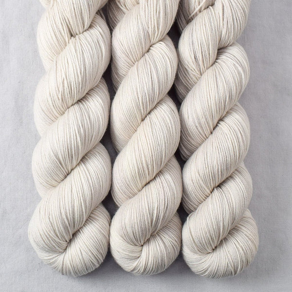 White Peppercorn - Miss Babs Tarte yarn