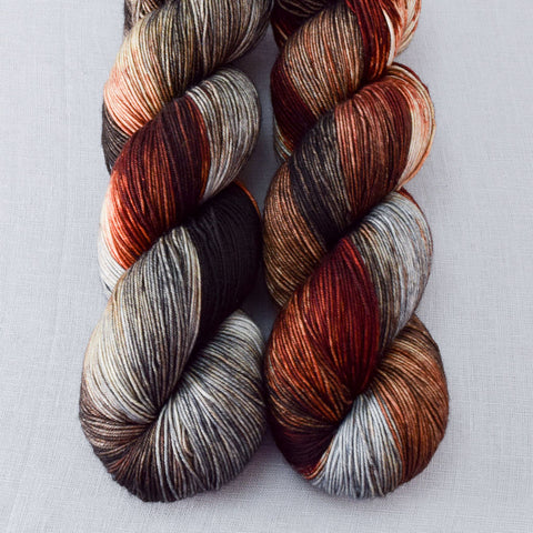Wolves Den - Miss Babs Keira yarn