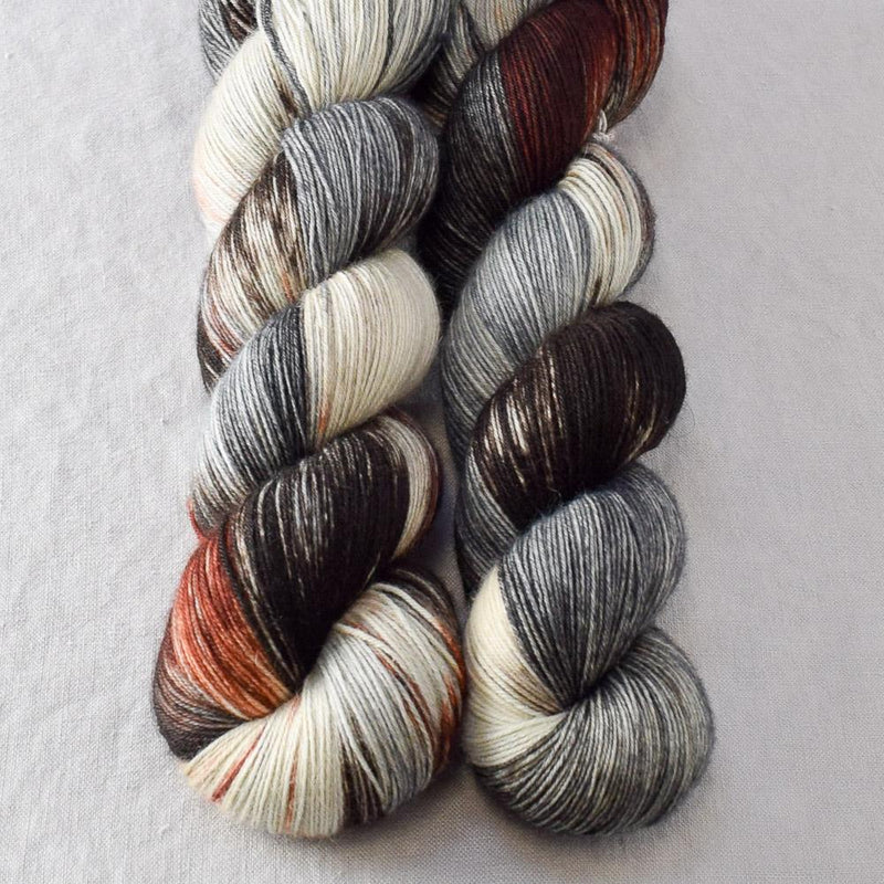 products/wolvesdenpartialskeins-katahdin-2017.jpg
