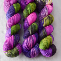 Zombie Honeymoon - Miss Babs Tarte yarn