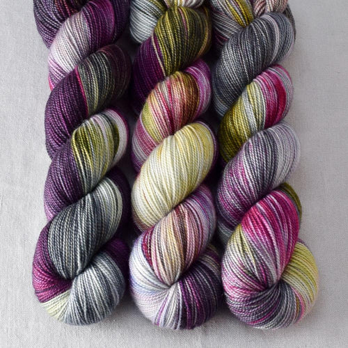 Zombie Prom - Miss Babs Yummy 2-Ply yarn
