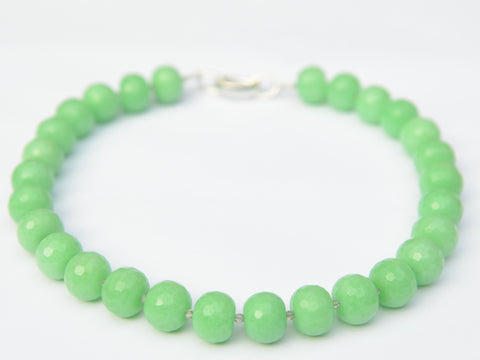 Lilly Necklace - Light Green Jade