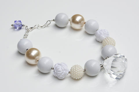 Snow Pearl Flower Girl Necklace