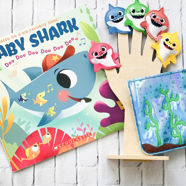 Colorful Shark Finger Puppets w. Travel Case