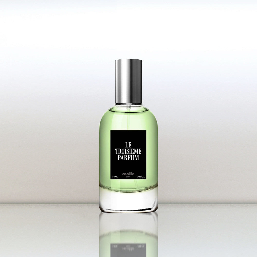 Le Troisième Parfum by vendor The Seven Collection