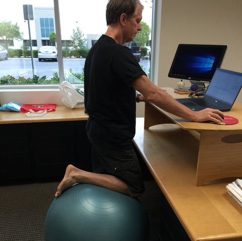 Standee Stand Up Desk Exercise Ball