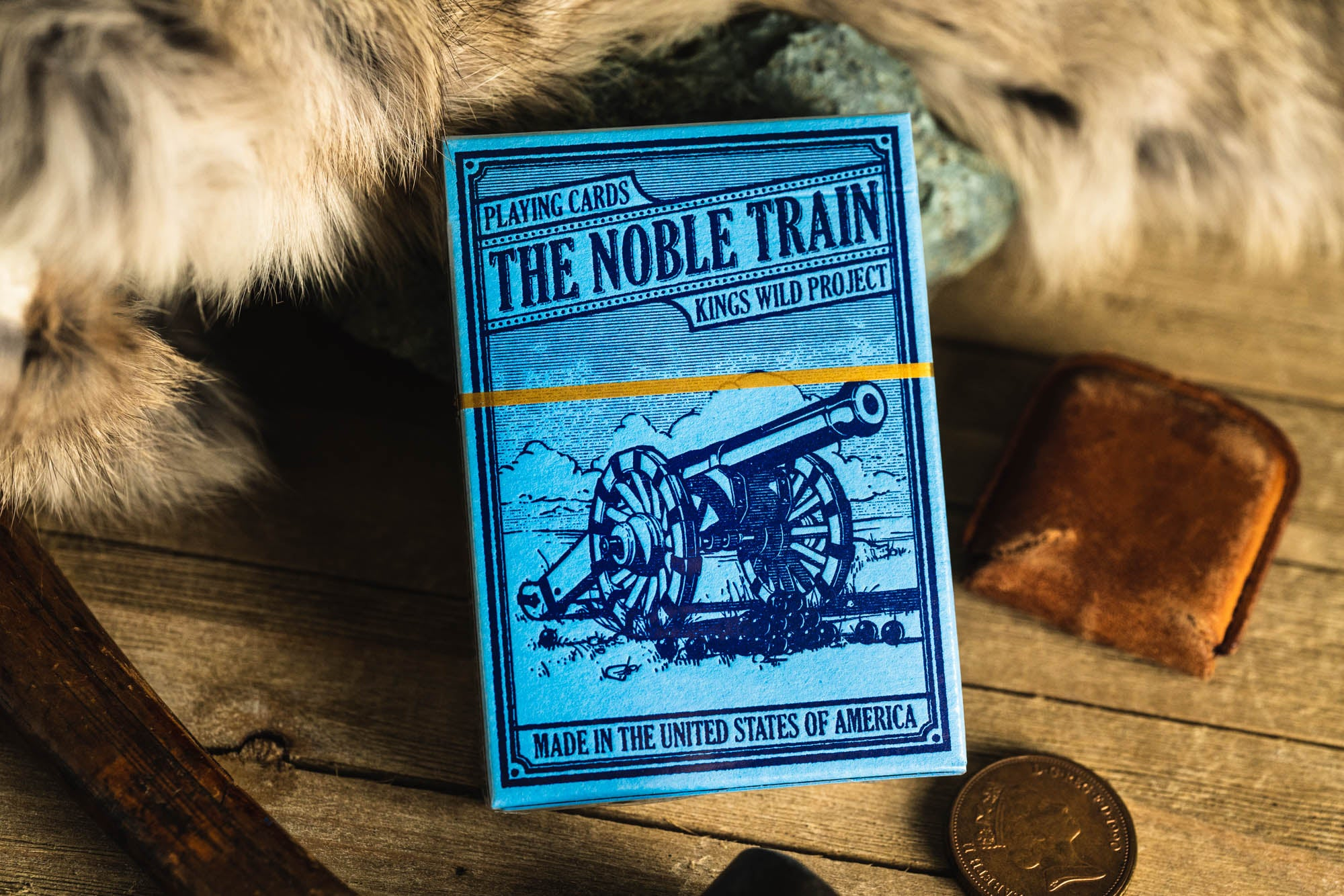 Gilded Blue Noble Train