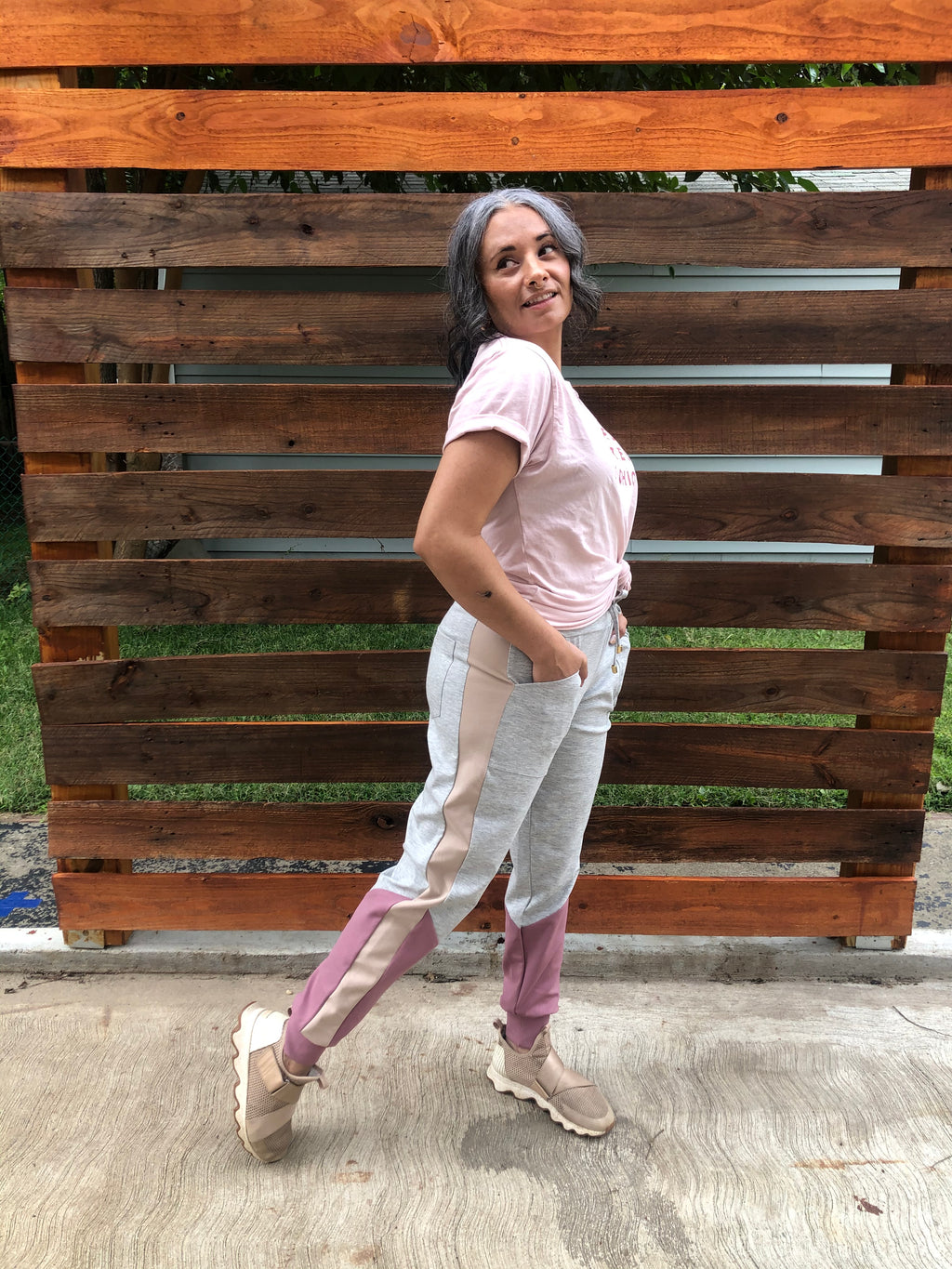 vintage-style-summer comfy luxe jogger pants in pink with gray accent
