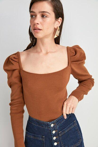 Women's Square Neck Brown Tricot Sweater