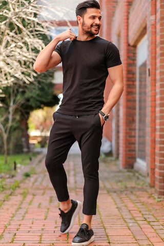 Men's Elastic Waist Black Sweatpants.