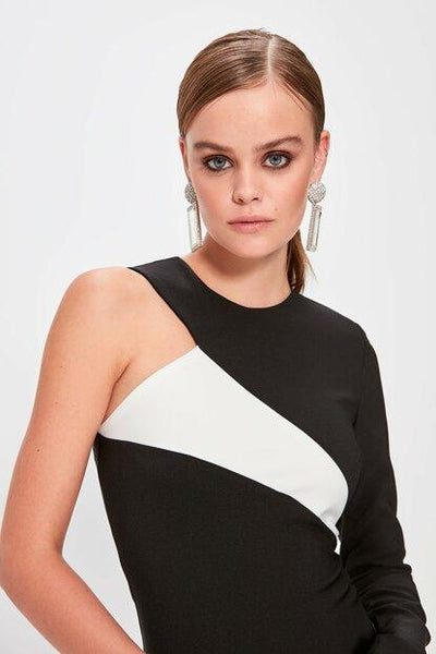 Women's Color Block Black Short Dress.