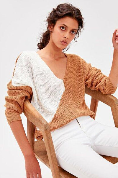 Women's Color Block Camel Tricot Sweater.