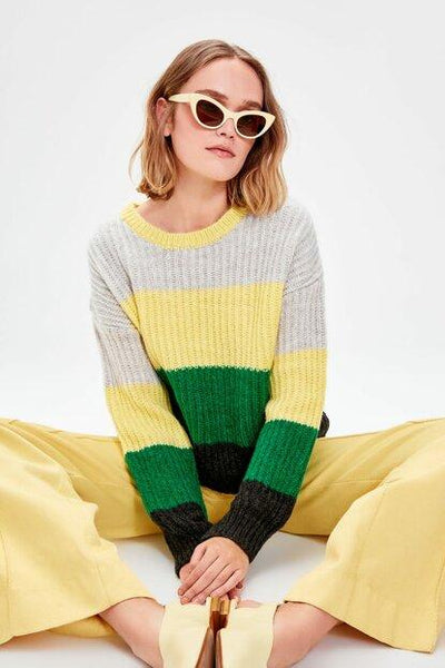 Women's Color Block Tricot Sweater.