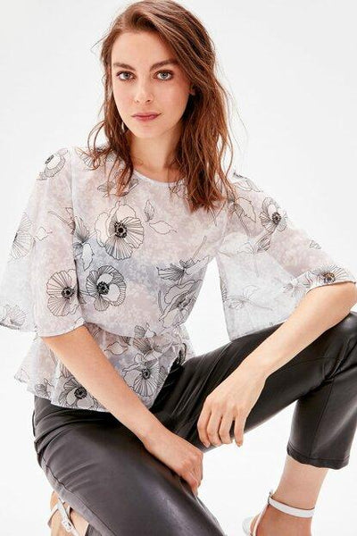 Women's Patterned Grey Blouse.