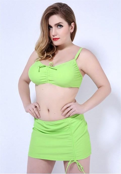 Plus Size Underwire Push Up Swimsuit.