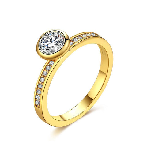 Princess Cut Pav'e Solitaire Cut Ring in Gold