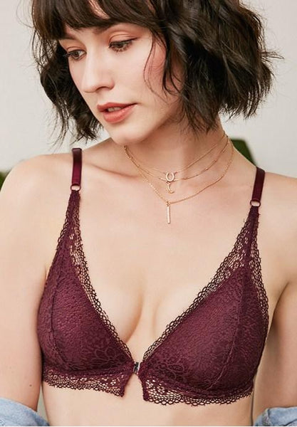 Sexy Floral Lace Front Closure Push Up Bra Set.