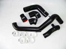 Load image into Gallery viewer, Focus RS MK2 Alloy Boost Pipe Kit - Satin silver with green hoses - R-Ace Motorsport