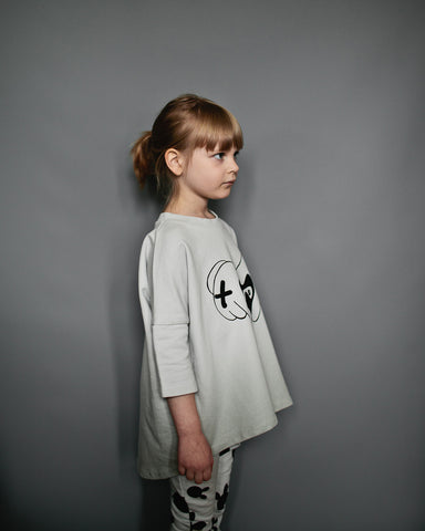 Oversized top Heart Hands by Beau LOves - Oyster