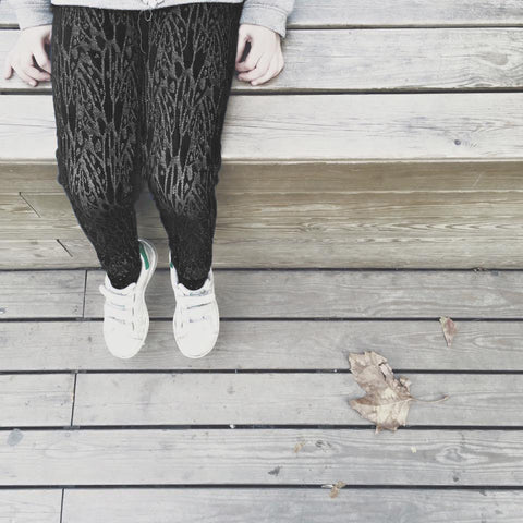 Leggings with embroideries Kaya by Come Noon - black & gold