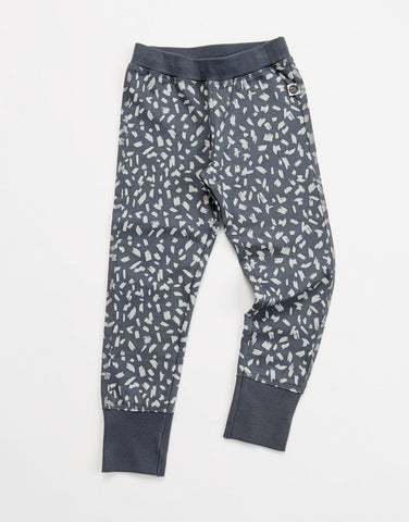 Brush slimfit sweatpants by Mainio Clothing - rock grey