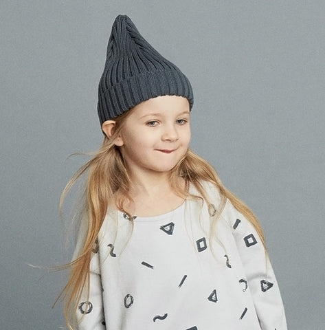 Magda beanie by Mainio Clothing - rock grey