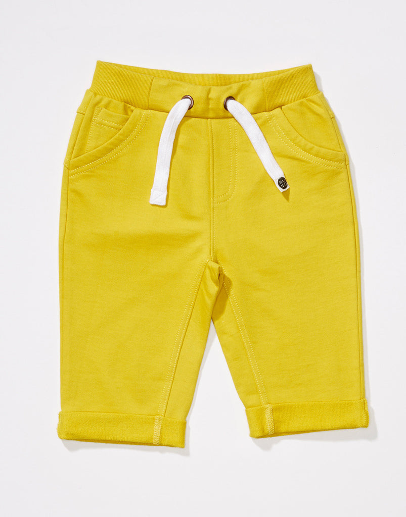 Manio Clothing - sweatshorts Slim - front